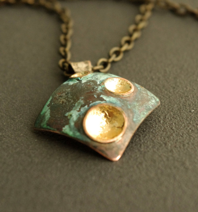 Pendentif laiton createur bijou contemporain